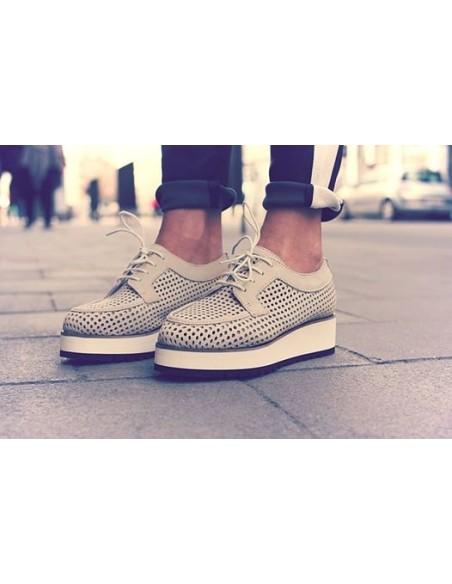 Shoe Biz Copenhagen, zapato plataforma calado__ beige