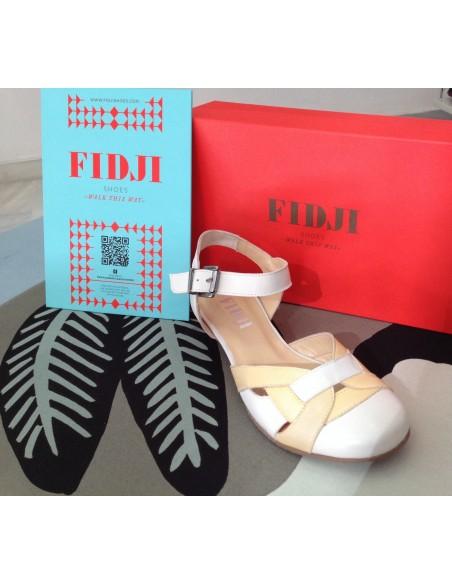FIDJI 530000 zapato diseño vintaje  tacón bajo